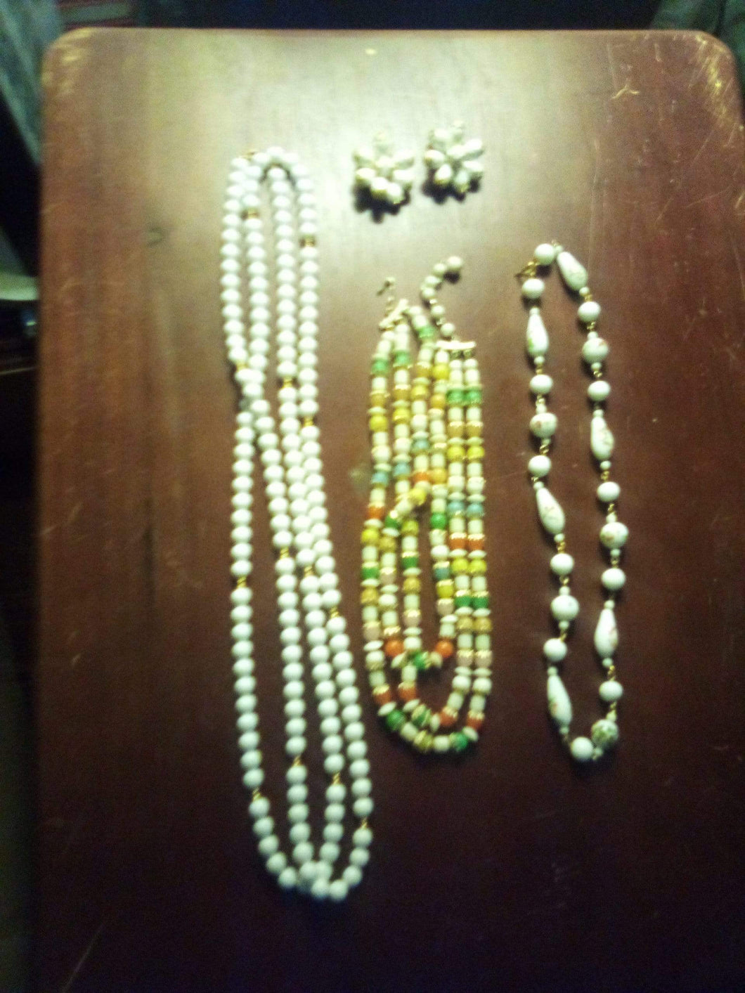 A lot of white necklaces - B&P'sringsnthings