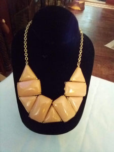 A peach colored dressy necklace - B&P'sringsnthings