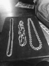 Load image into Gallery viewer, A silver tone necklace lot - B&P'sringsnthings