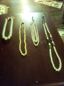 A small lot of pearl like necklaces - B&P'sringsnthings