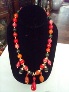 Beautiful beaded necklace - B&P'sringsnthings