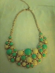 Beautiful decorative dressy necklace - B&P'sringsnthings