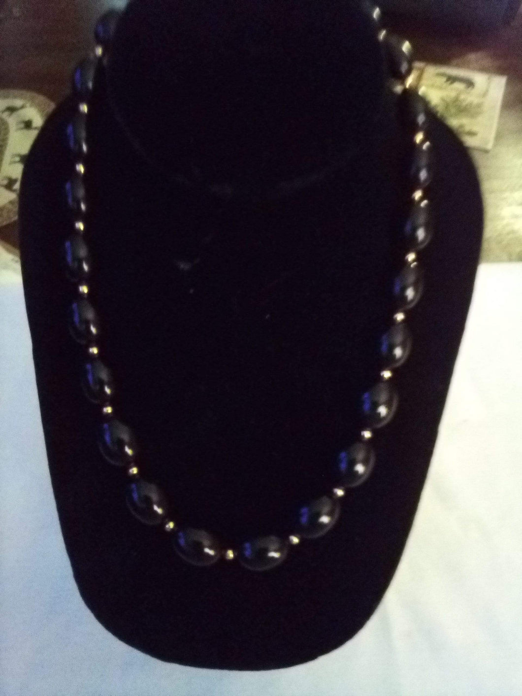 Black beaded necklace - B&P'sringsnthings
