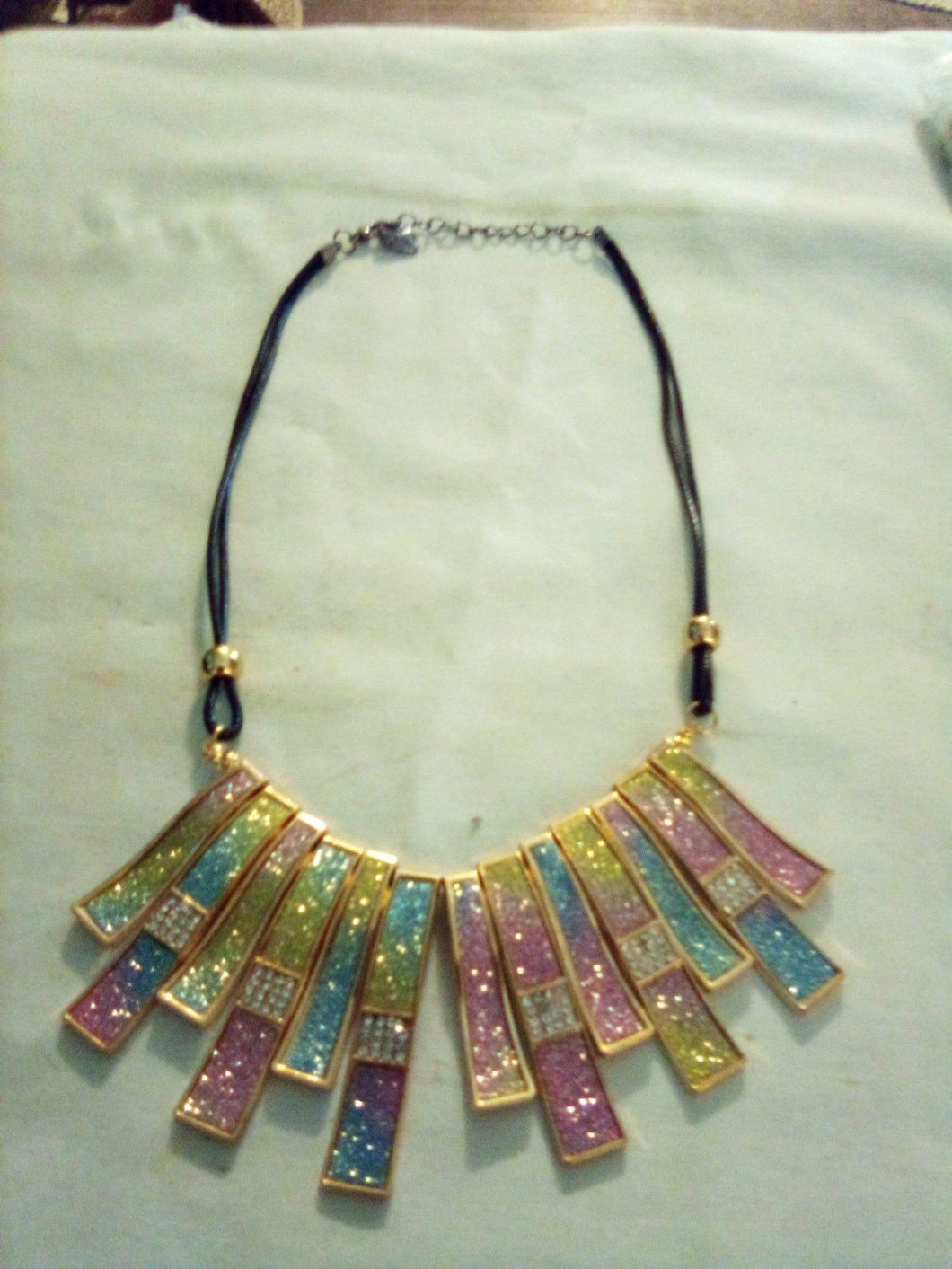 Brand New beautiful necklace - B&P'sringsnthings