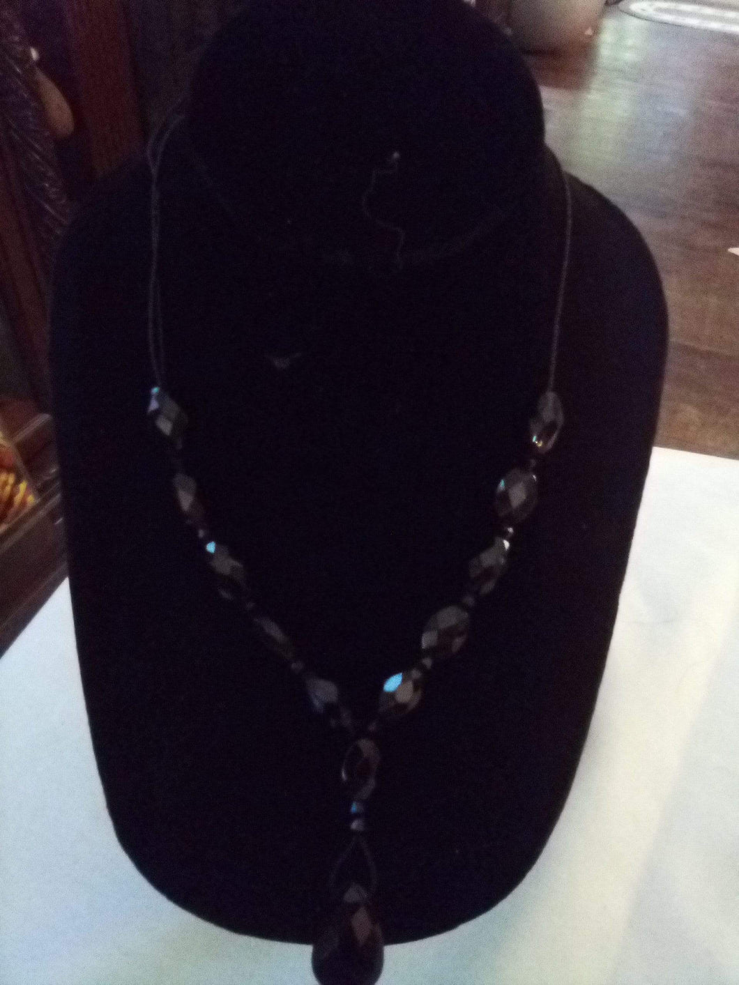 Casual black beaded necklace - B&P'sringsnthings