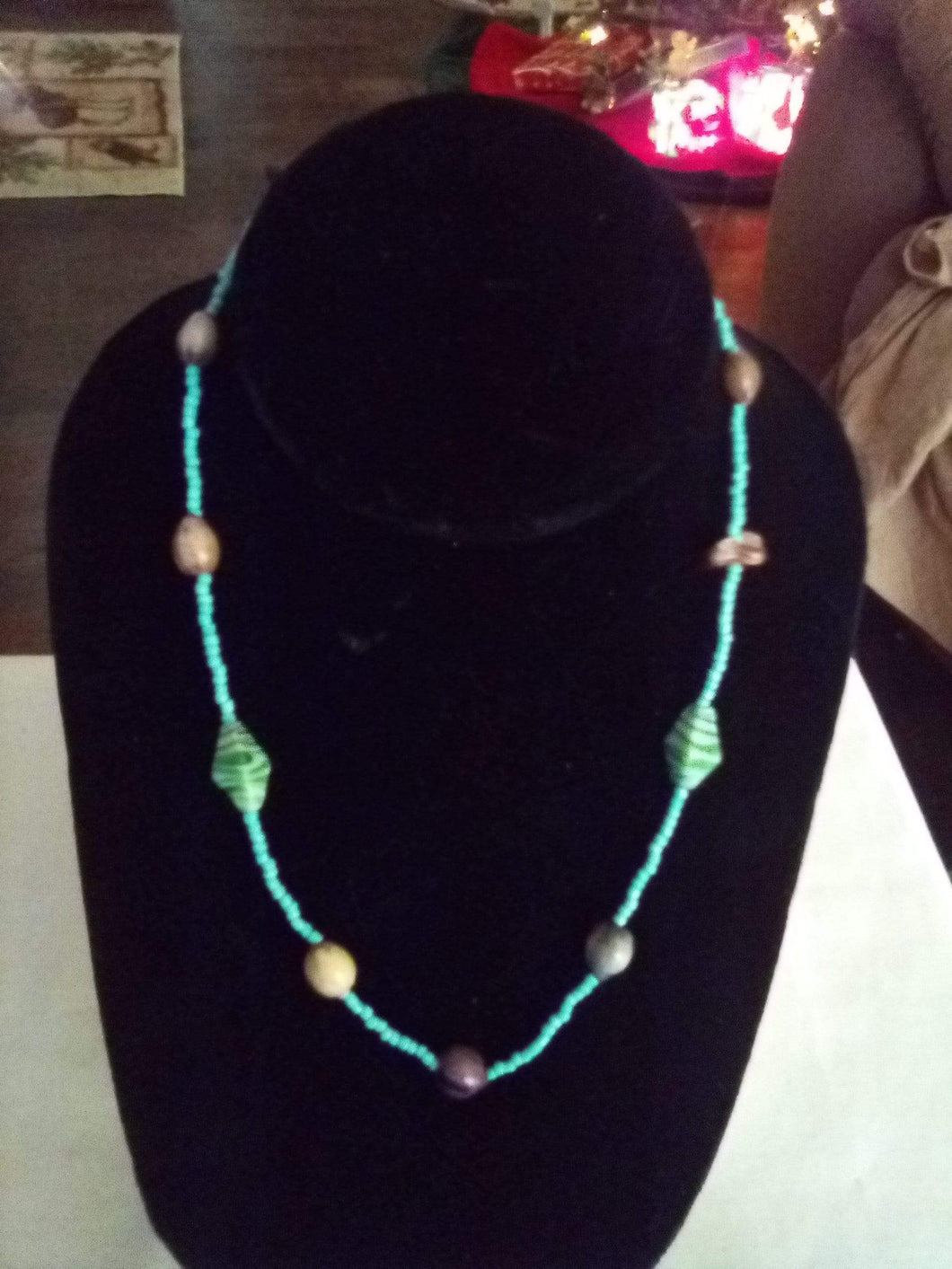 Casual tiny beaded necklace - B&P'sringsnthings