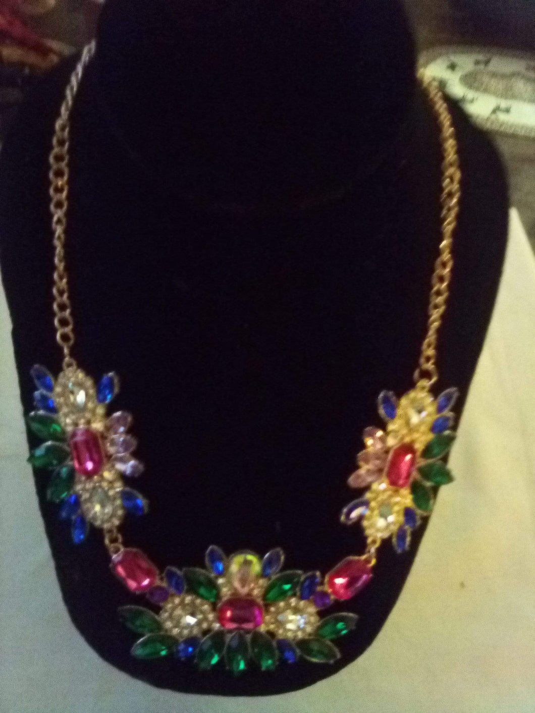 Colorful brand new necklace - B&P'sringsnthings