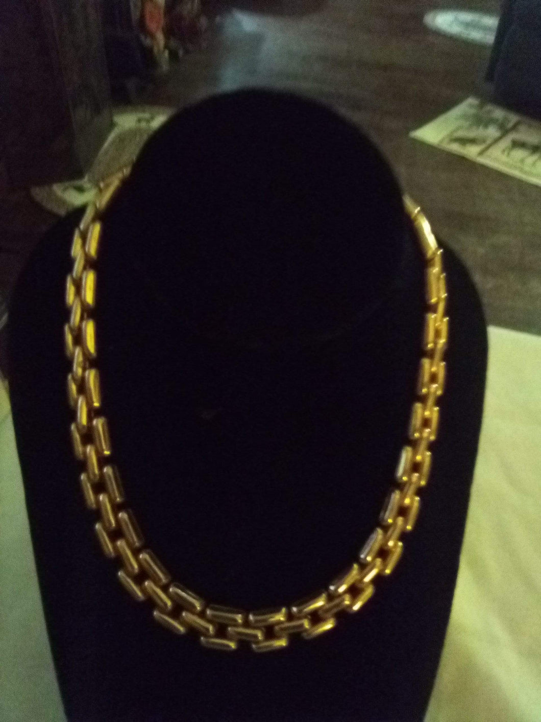 Cute gold tone necklace - B&P'sringsnthings