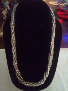 Cute twisted silver tone necklace - B&P'sringsnthings