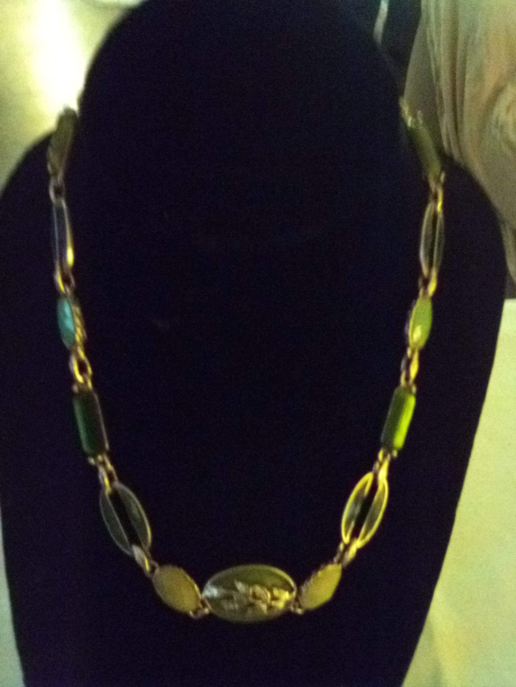 Dressy beautiful and colorful necklace - B&P'sringsnthings