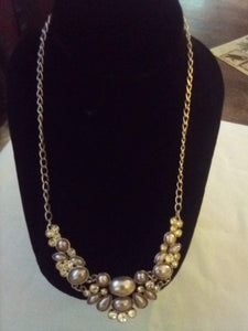 Dressy cubic Zirconia and pearl like necklace - B&P'sringsnthings