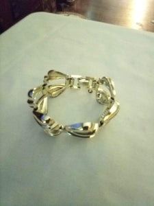 Dressy metal like bracelet - B&P'sringsnthings