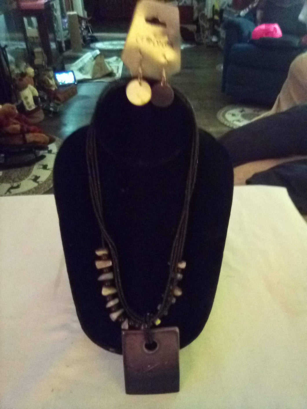 Dressy necklace with matching pierced earrings - B&P'sringsnthings