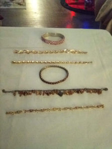Elegant lot of beautiful bracelets - B&P'sringsnthings
