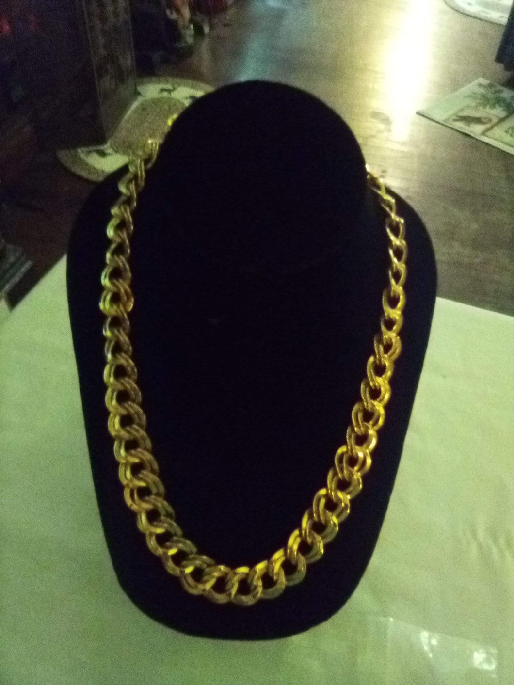 Gold tone nice necklace - B&P'sringsnthings