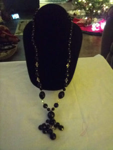 Long black different sized beaded necklace - B&P'sringsnthings