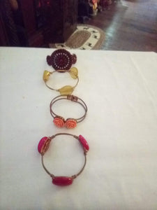 Lot of 4 pretty colorful bracelets - B&P'sringsnthings