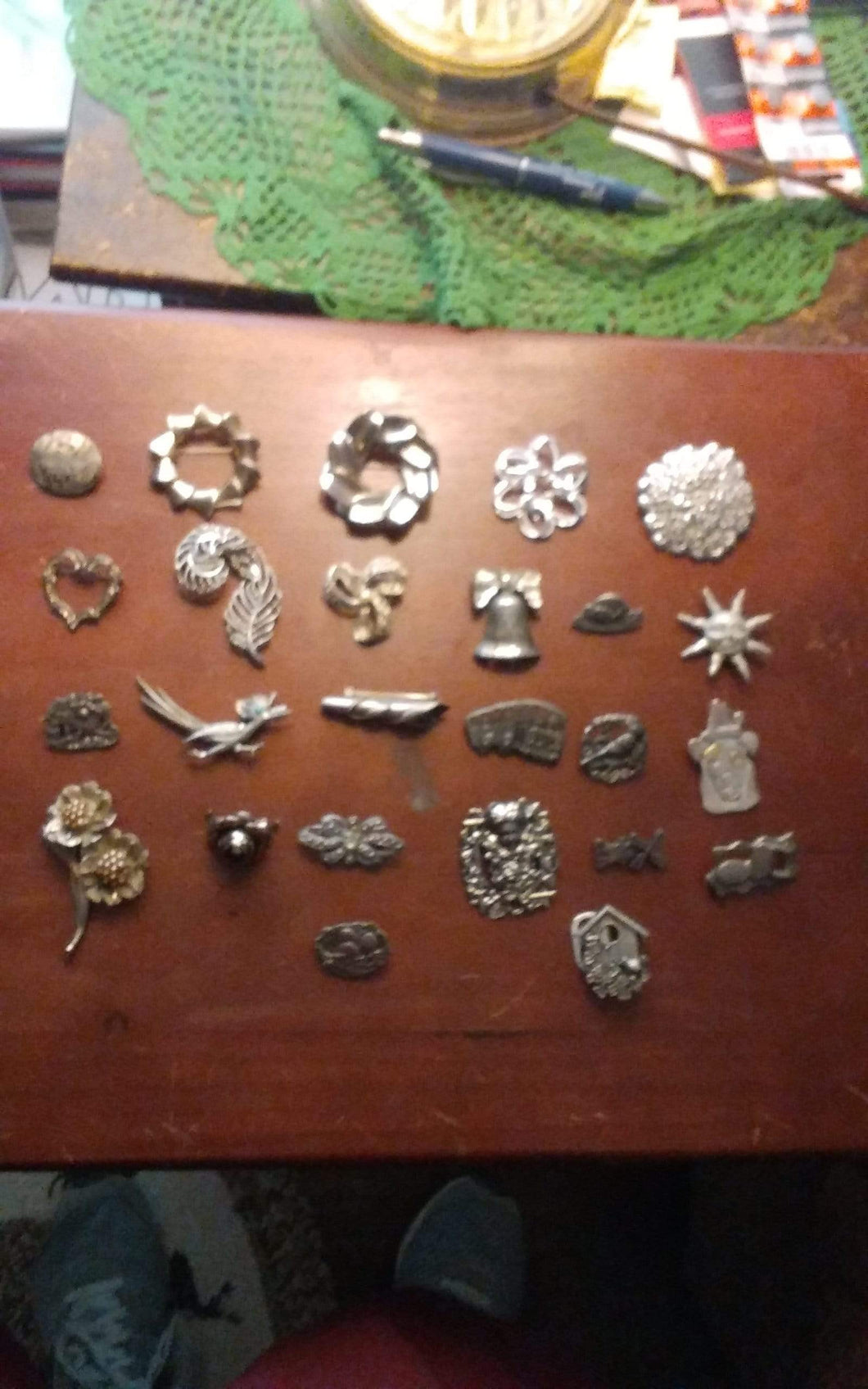 Lot of silver tone broaches - B&P'sringsnthings