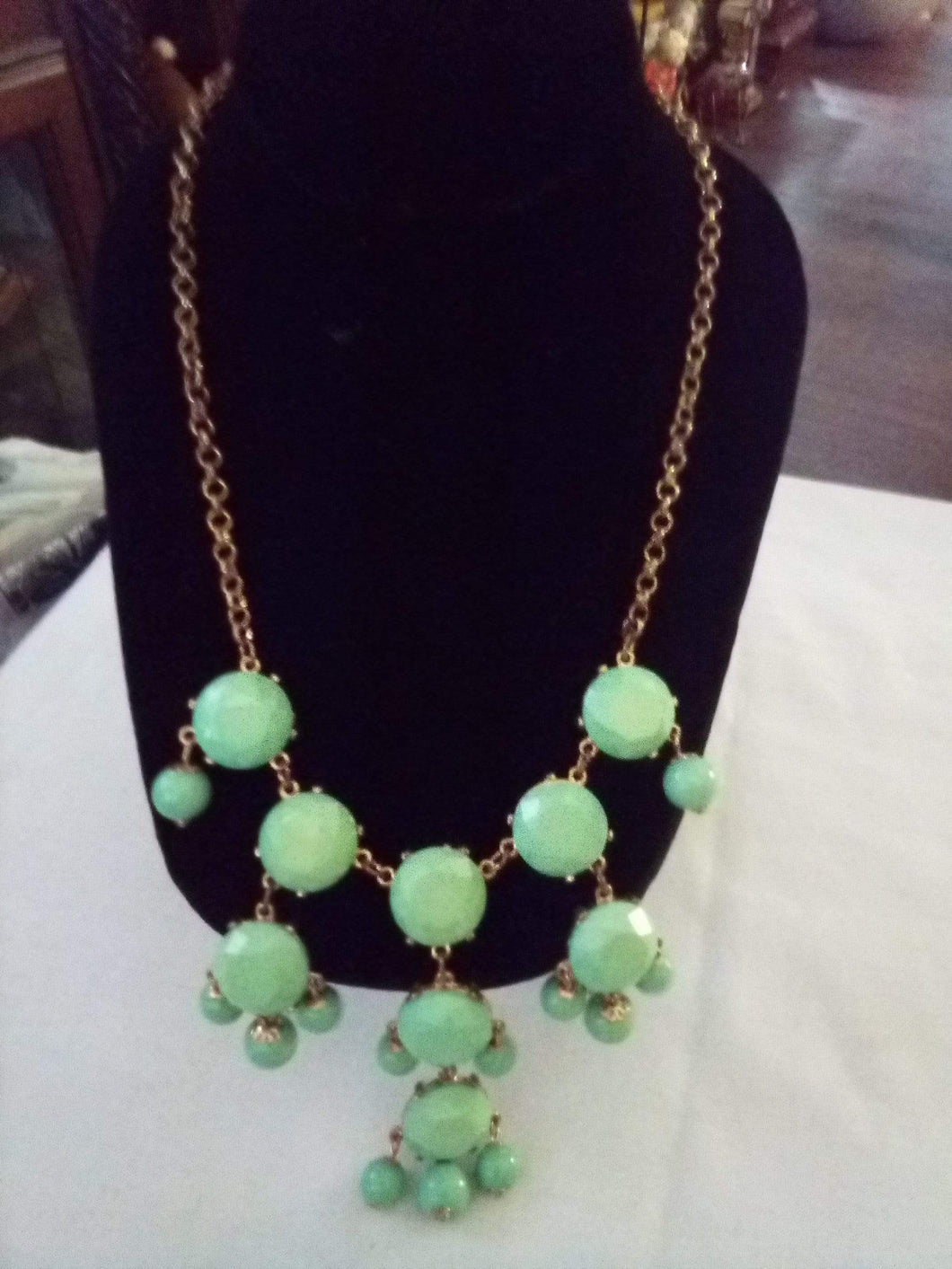 Mint green dressy necklace - B&P'sringsnthings