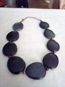 Neat large decorative necklace - B&P'sringsnthings
