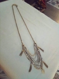 Neat long necklace - B&P'sringsnthings