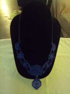 Nice Royal blue dressy necklace - B&P'sringsnthings