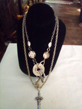 Load image into Gallery viewer, Pair silver tone casual necklaves - B&P'sringsnthings