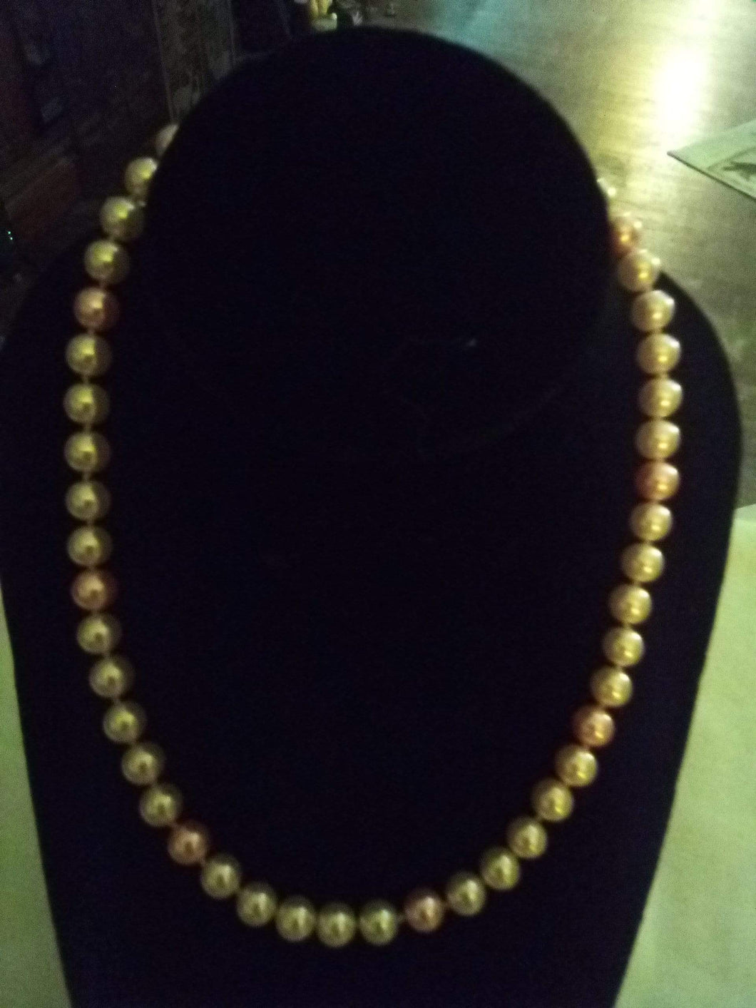 Pink pearl like necklace - B&P'sringsnthings