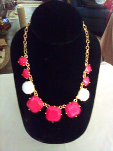 Pretty and colorful pink and white necklace - B&P'sringsnthings