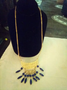 Pretty gold tone necklace with navy blue beads - B&P'sringsnthings