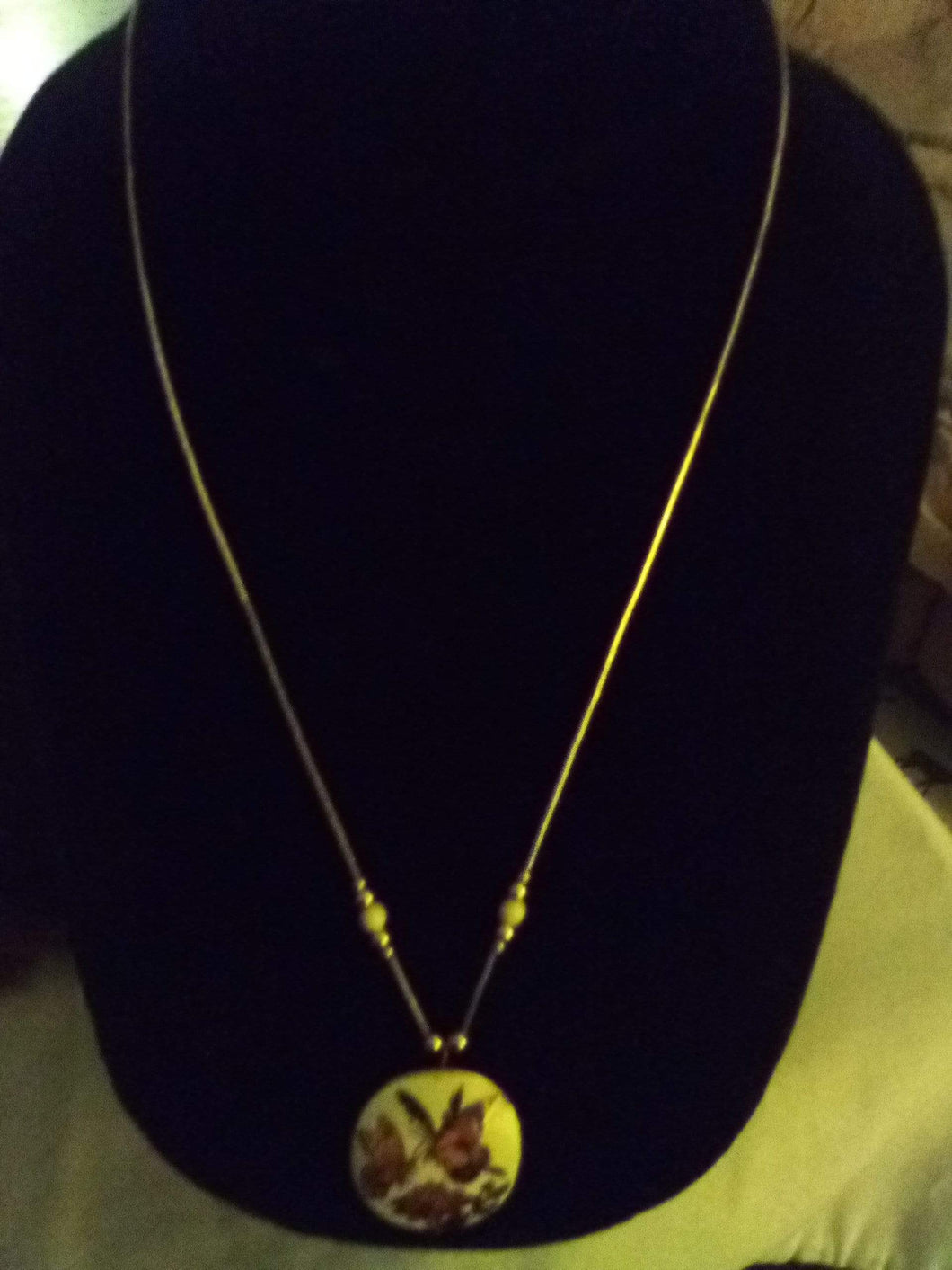 Pretty necklace with chain and cloisone pendent - B&P'sringsnthings