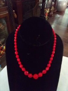 Red beaded necklace - B&P'sringsnthings