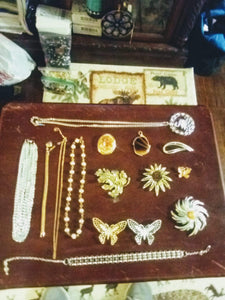 Sarah Coventry marked jewelry lot - B&P'sringsnthings