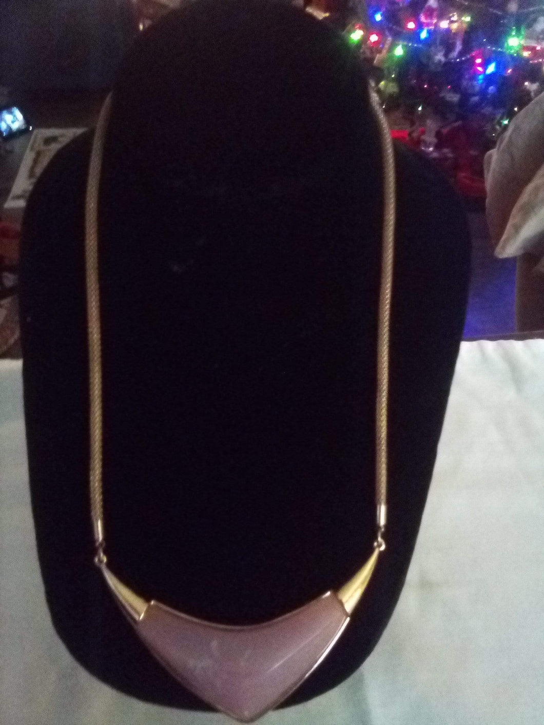 Stunning pretty necklace with attached pendent - B&P'sringsnthings
