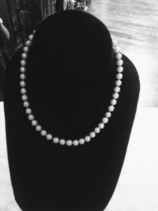 Trifari marked pearl like necklace - B&P'sringsnthings