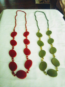 Two colorful beautiful necklaces - B&P'sringsnthings