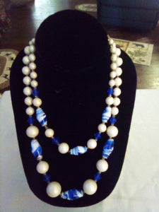 Two tier blue and white beaded necklace - B&P'sringsnthings