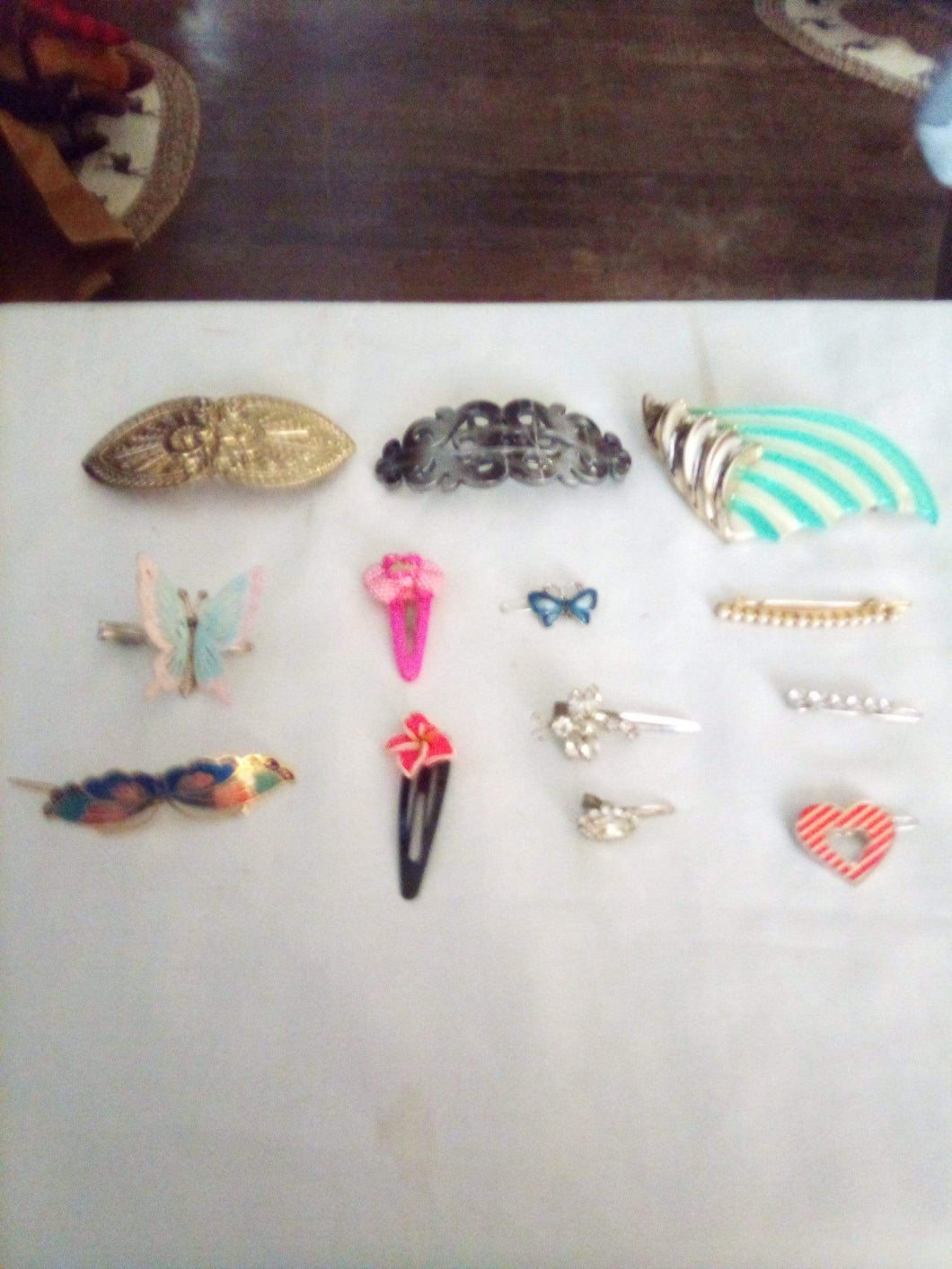 Nice lot of assorted hair barrettes - B&P'sringsnthings