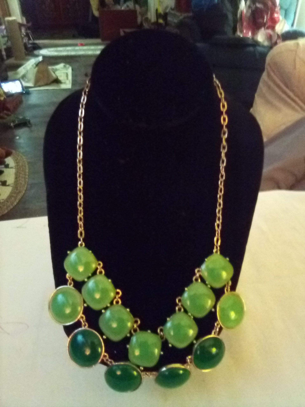 Two tone green dressy necklace - B&P'sringsnthings