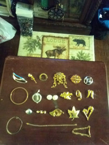 Monet  marked jewelry lot - B&P'sringsnthings