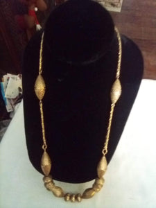 Monet marked vintage necklace - B&P'sringsnthings
