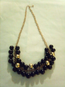 A vintage black and gold beaded necklace - B&P'sringsnthings