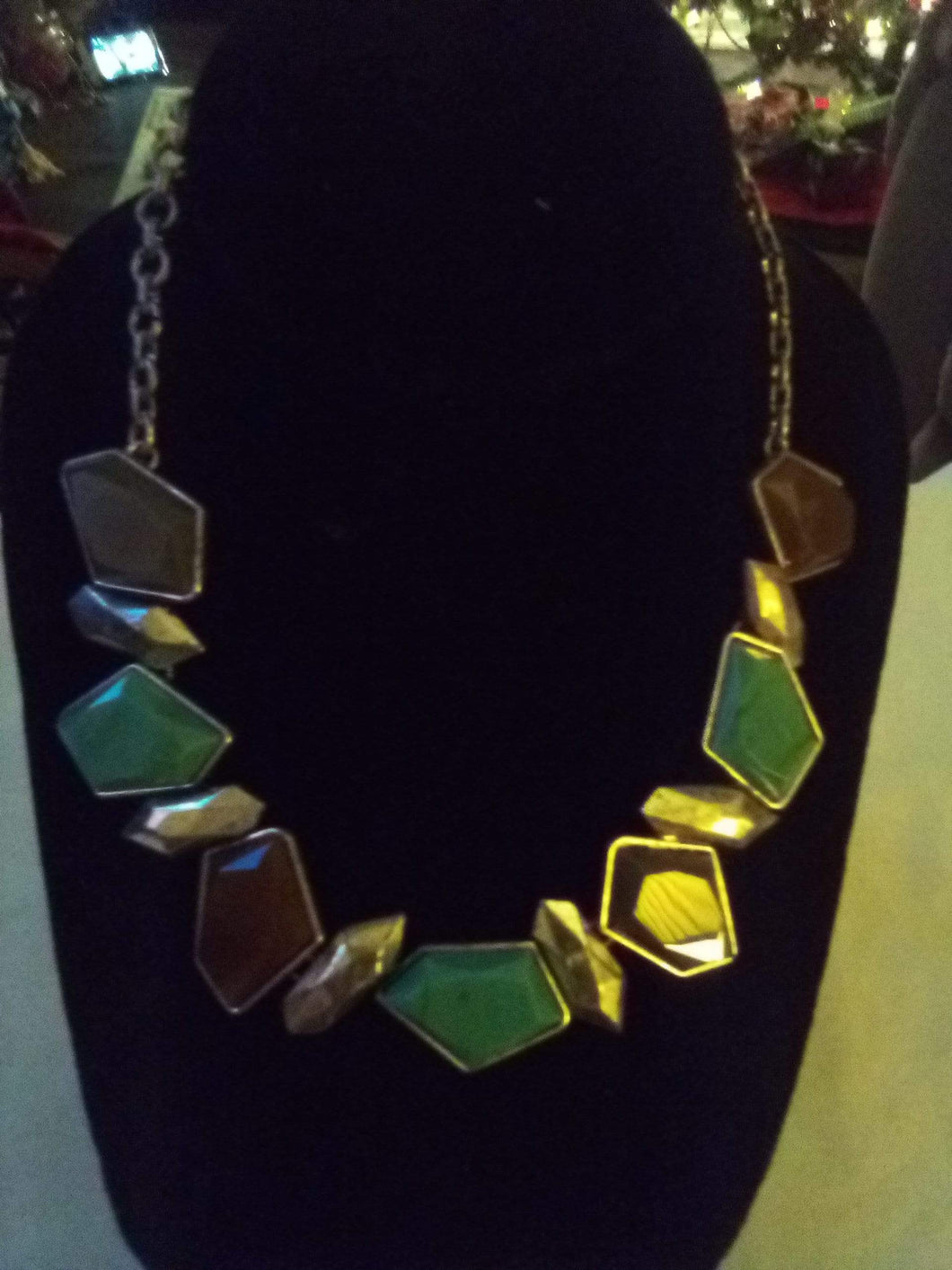 Dressy colorful necklace - B&P'sringsnthings
