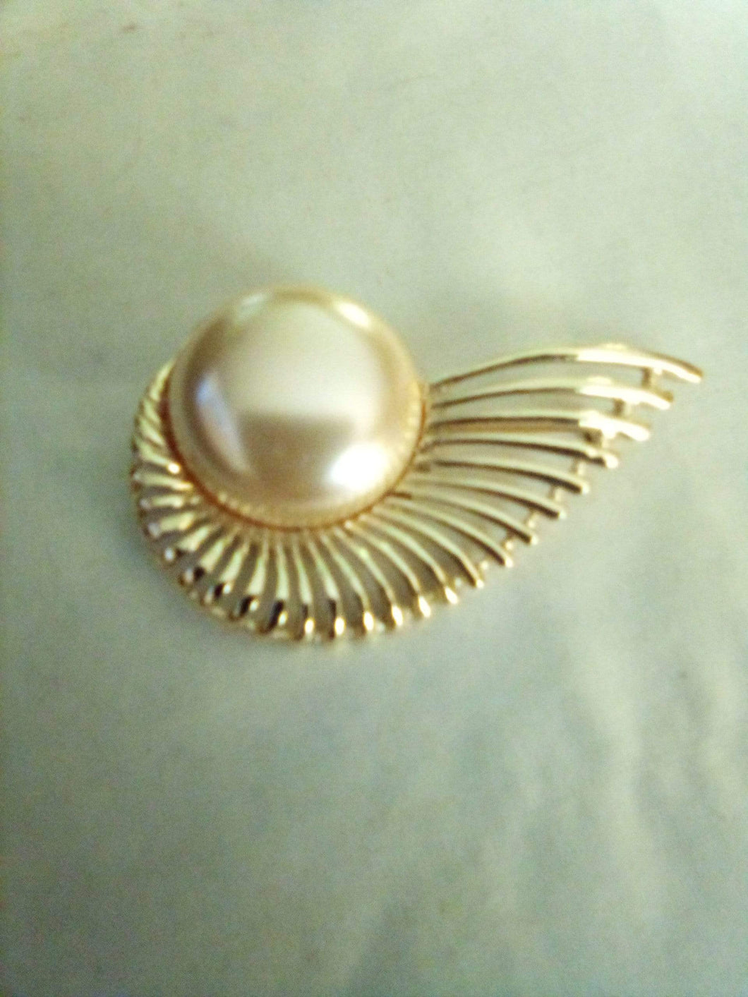 Sarah Coventry marked vintage dressy broach - B&P'sringsnthings