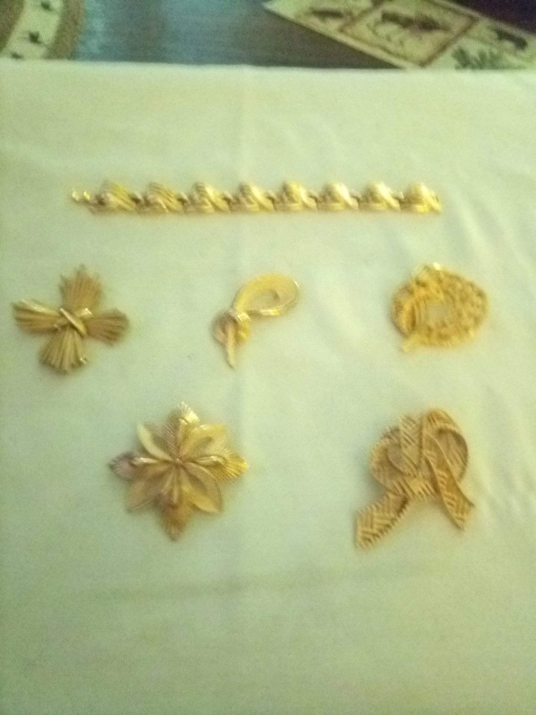 Trifari marked beautiful vintage lot - B&P'sringsnthings