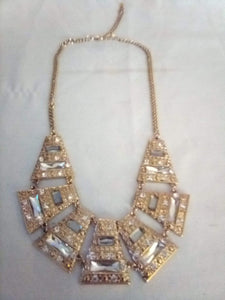 Vintage elegant decorative necklace - B&P'sringsnthings