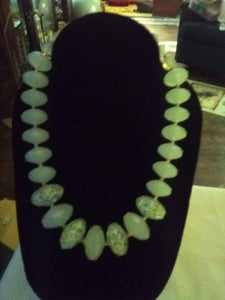 Vintage light blue crystal beaded necklace - B&P'sringsnthings