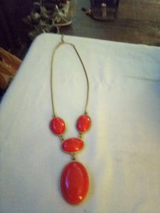 Vintage necklace with red design - B&P'sringsnthings