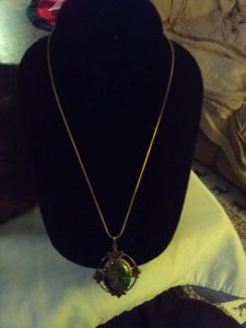 Vintage pendent with chain necklace - B&P'sringsnthings