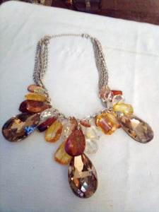 Unusual vintage decorative necklace - B&P'sringsnthings